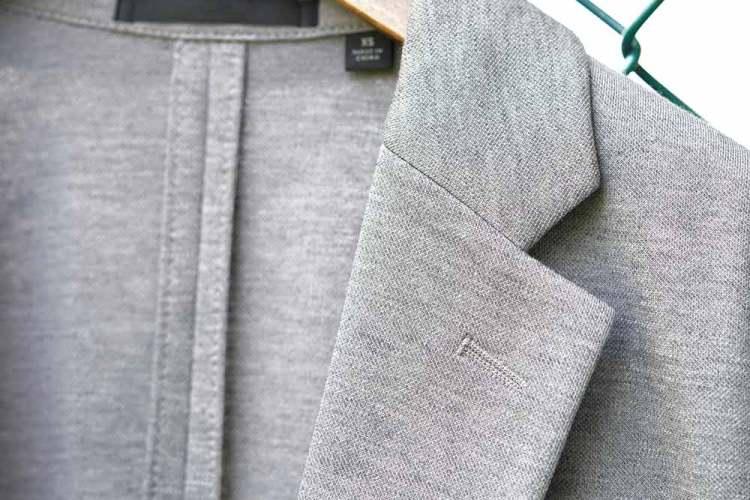 comfort jacket light gray texture detail