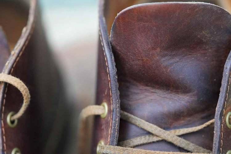 boot lacing and tongue details