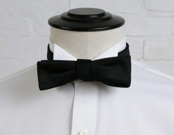 wigtip-collar