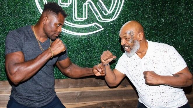 Francis Ngannou soutenu par Mike Tyson contre Tyson Fury ?