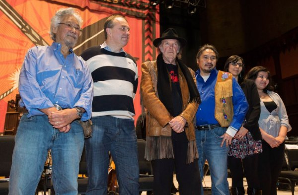 Vanessa Gray (far left) with David Suzuki, Neil Young, and Eriel Deranger (who wears the same tattoo as Line 9 leader Dave Vasey)