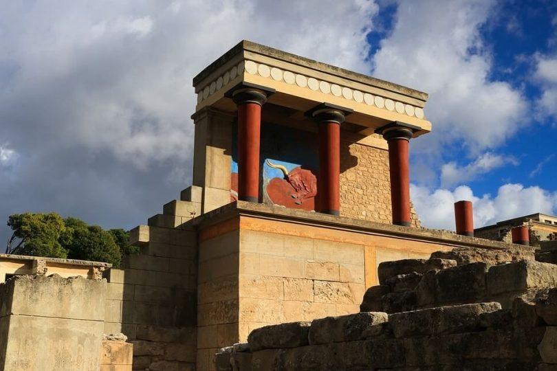 palais knossos billet visite virtuelle palais knossos knossos dauphin knossos palace musée archéologique d'héraklion site archéologique de knossos en crète