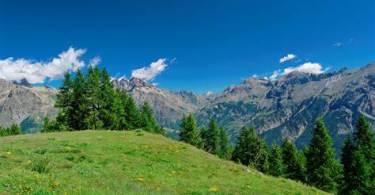 Les affaires essentielles à apporter pour un séjour en montagne