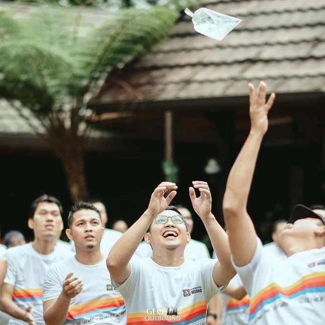Kegiatan Outbound Team Building di Lembang