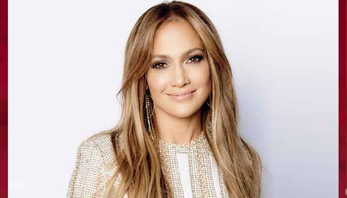 354000 8219573 updates Jennifer Lopez announces her new partnership with Netflix