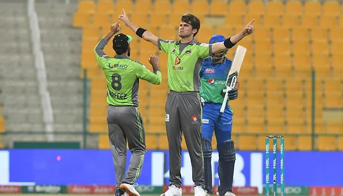 PSL 2021: Multan Sultans struggle against Lahore Qalandars