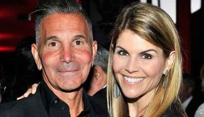 356601 1467191 updates Lori Loughlin, Mossimo Giannulli jet off to Mexico after newfound freedom
