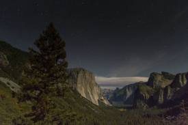 Yosemite Valley from Tunnel View nighttime stars and a few clouds-w1920-h1400
