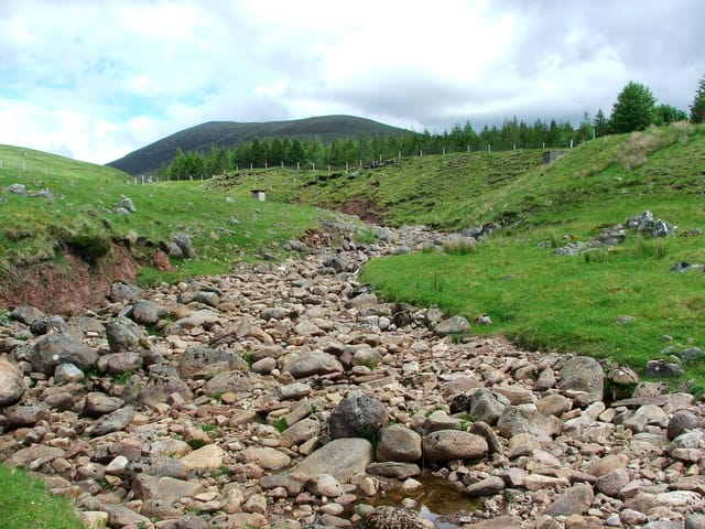 Dry river bed. The old river bed of the Allt a`Choire-rainich. The stream is now diverted 100m further up. Photo: David Maclennan.