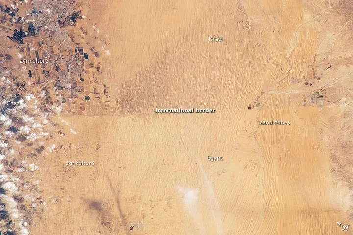 The border between Israel and Egypt shows up as a faint line between the two countries. Sourcee: NASA, November 2011.