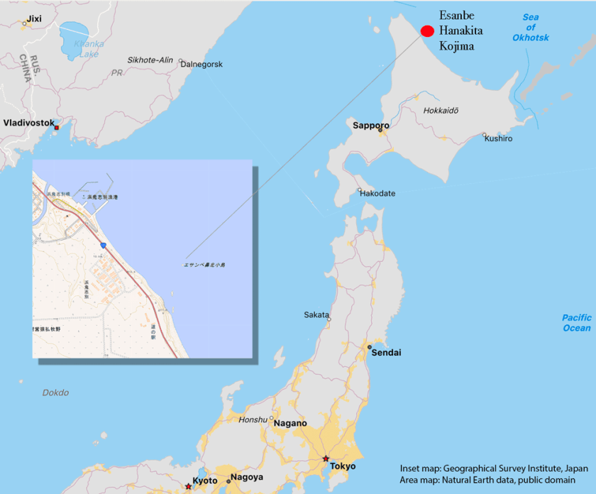 Map showing the location of Esanbe Hanakita Kojima. Inset map shows the islet marked on maps prepared by the Geographical Survey Institute of Japan.