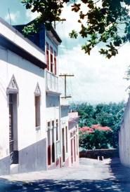 Calle Sol, mirando hacia la Bahía de San Juan (1954)