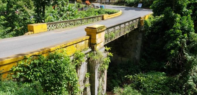 Puente Quebrada Honda, PR-14, km. 57.2, Aibonito, looking northeast.