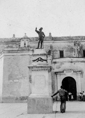 Ponce De Leon Monument at San Juan, Porto Rico.