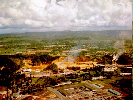 Across the bay from San Juan, Cataño was the scene of early efforts at industrialization, which began in 1941, and it is still an important manufacturing center.