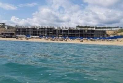 Проверка: Сградата на шофьорския плаж не е хотел, а укрепване на земята