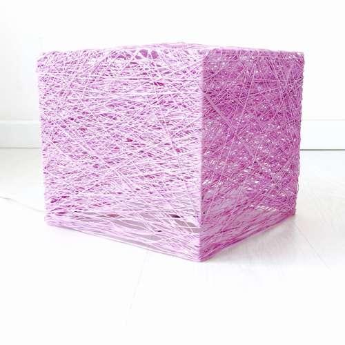 lámpara de suelo o mesa cubo hecha a mano artesanal