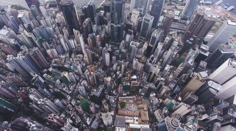 hogyan megismerni az emberek egy új város