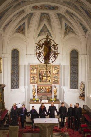 EIn Blick vom Chor auf das Ensemble (Foto: W. Amminger)