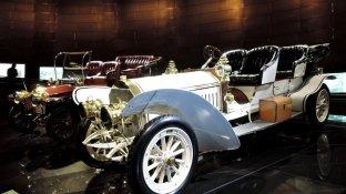 Mercedes-Benz-Museum: Die Jahessteuer entsprach dem Jahresgehalt eines Arztes