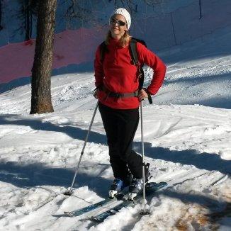 Susi beim Aufstieg kurz unter der Hütte