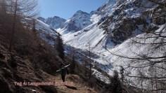 Abstieg zur Brugger Alm: das Tal führt links in Kleine Degenhorn (das wir uns fürs nächste Mal aufheben)