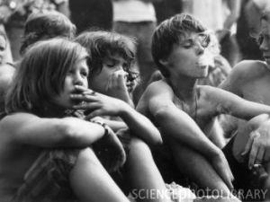 kids_smoking_cigarettes