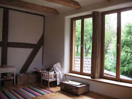 Gesundes Wohnklima mit Lehmputz und Holzbden