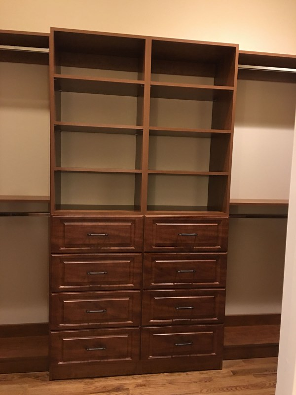 Custom Closet without Drawers