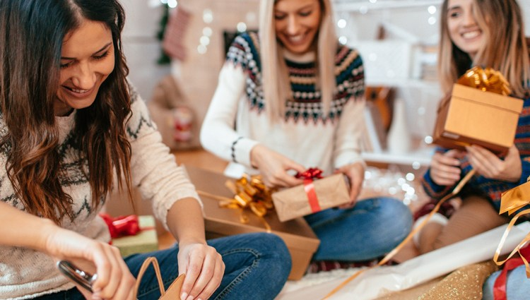 5 Tips To Rein In Holiday Spending Georgias Own Credi