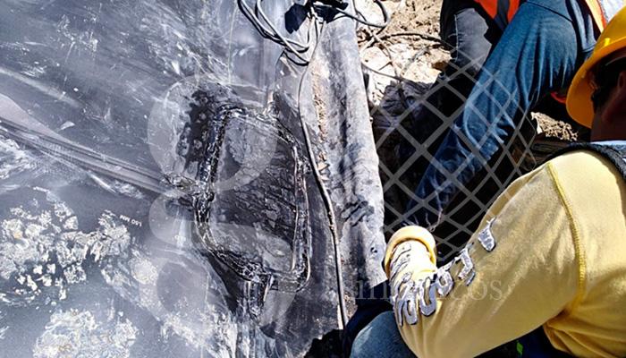 Obra en #Oaxaca, estamos realizando reparaciones en taludes, con geomembrana de #HDPE 1.5 mm. Trabajo en taludes de 50 grados con altura de 20 metros.