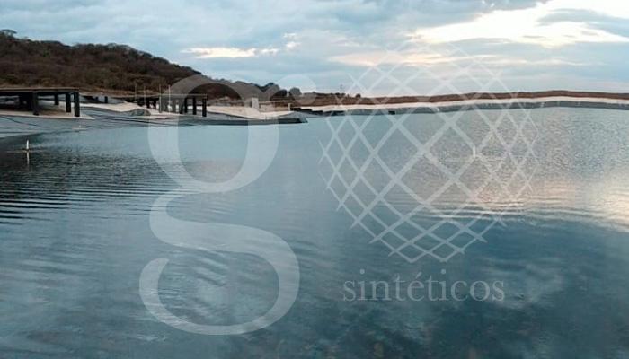 Vistas del #LagoArtificial de 90 mil metros en Querétaro, terminado y lleno de agua. ¡Nuestro mayor agradecimiento a nuestro equipo de técnicos por todo el trabajo realizado!.