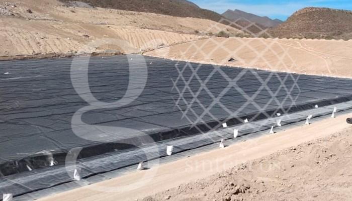 Avance en obra, nuestro equipo lleva instalados 18500 M2 de material #HDPE 1mm para una celda de relleno sanitario en Saltillo, Coahuila.