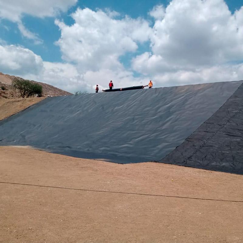 Nuevo inicio de obra de #RellenoSanitario en Silao, Guanajuato en tres capas, #HDPE, #Geomembrana y #Bentoita.