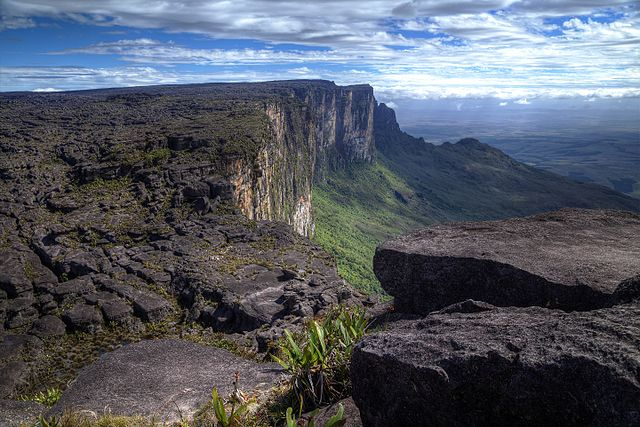 Roraima (2810 m n.p.m.).
