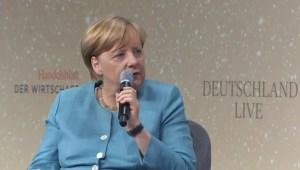 """Merkel: """"Situatie in Turkije bewijst waarde gemeenschappelijke munt"""""""