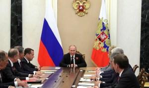 Poetin roept Russische veiligheidsraad bijeen