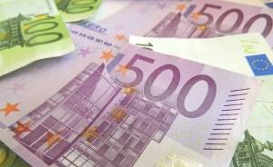 Column: De euro als nieuwe handelsmunt