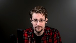 Edward Snowden over spionage via smartphones