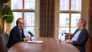 """Lex Hoogduin: """"Landen moeten uit de euro kunnen stappen"""""""
