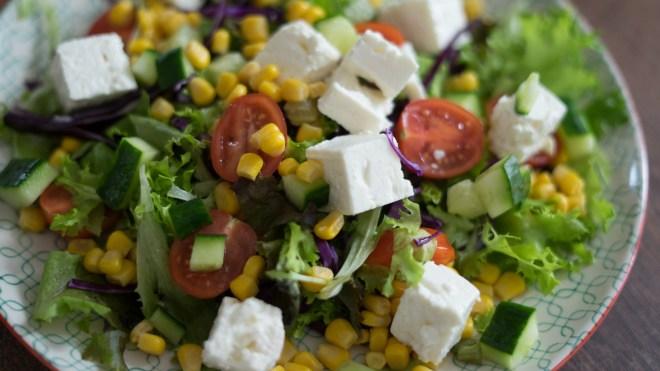 schnelle Salate, Salat Rezept, Sommer, Frühling, Mango, FETA küsst Mango, Ernährung, Tipps, Food, Nutrition, Salatideen, Rennrad, Blog, Radblog, Foodblog, Couscous, Orange