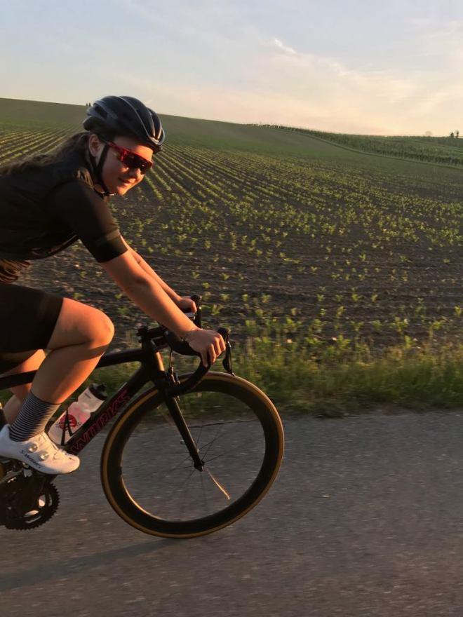 Rennradblog, Sundown, Early Bird, Rennradroute, Burgenland, Rennrad, Rennradfahren, Wimpassing, Sonnenuntergang, Tini, Andy, geradeausat