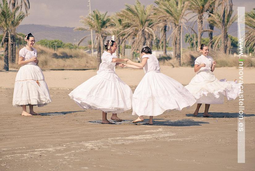 Sesión fotográfica en la playa, fotografías grupos regionales, Fotografo en castellón, Fotógrafo Gaitas Castellón (9)