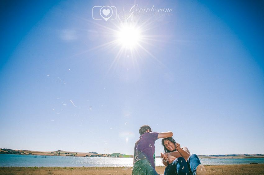 Fotos Boda Cuenca: Sesión de pre-boda con girasoles en Cuenca (35)