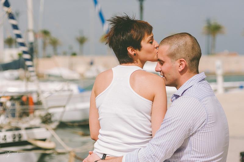 book de fotos de pareja Valencia - Port Saplaya (41)