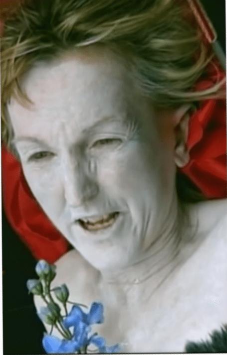 PeTA bezahlt Demonstranten - Ingrid Newkirk Veganerin im Alter von 50 Jahren