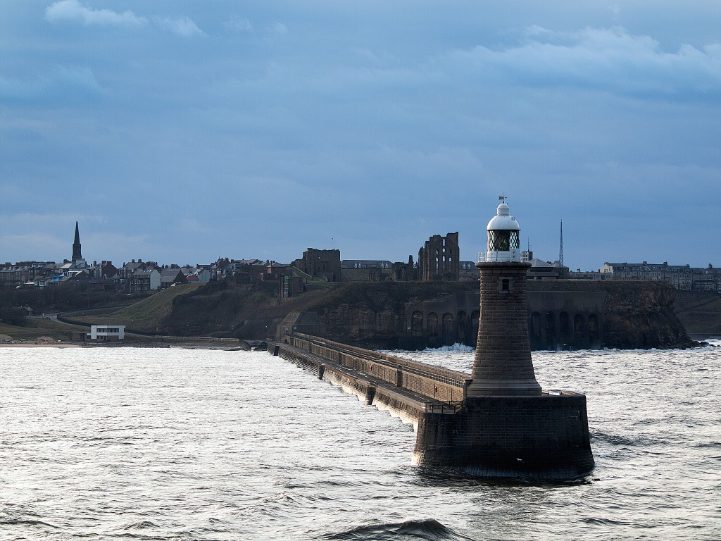 River Tyne North Pier Lighthouse