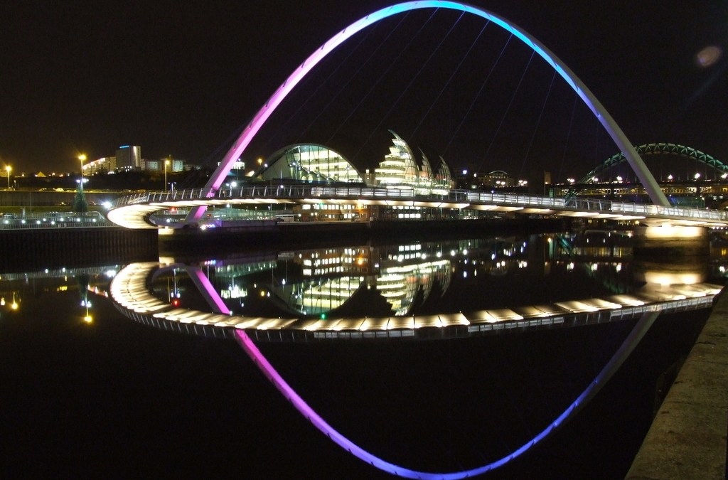 Gateshead Millennium Bridge and Sage at night