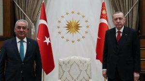 Ο Abdulkadir Selvi έγραψε τις λεπτομέρειες του «Bülent Ecevit» στη συνάντηση του Ερντογάν με τον πρόεδρο του DSP dernder Aksakal