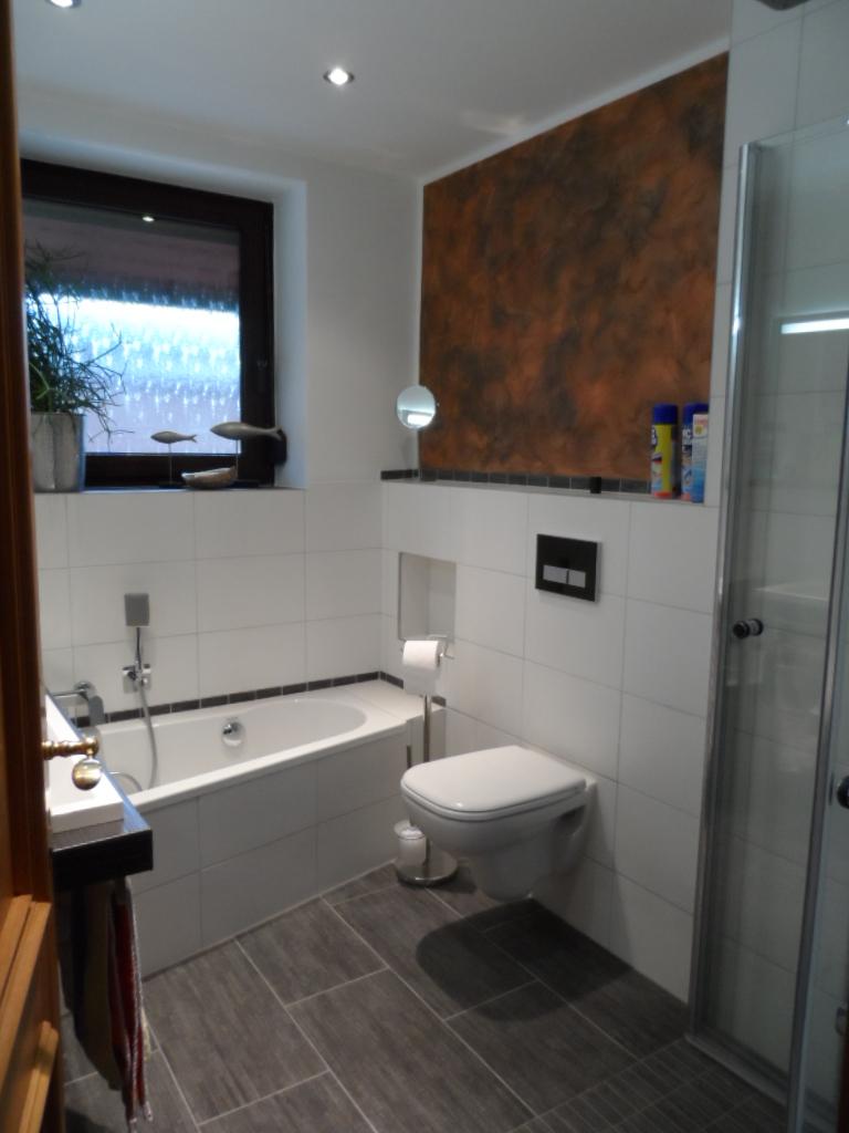 Gerd Nolte Heizung  Sanitr  Badezimmer Anthrazit  Dusche mit Fubodenheizung
